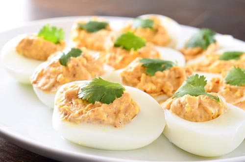chili-spiced-deviled-eggs