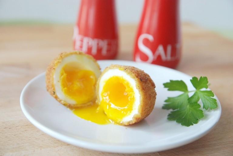 Τηγανητό βραστό αυγό